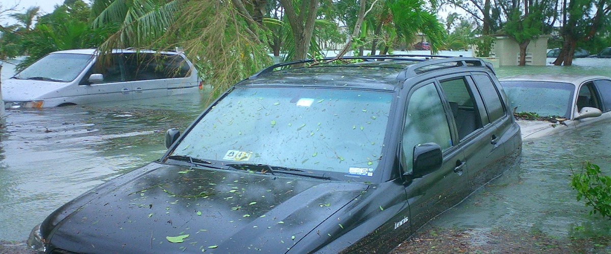 flood-damaged-cars